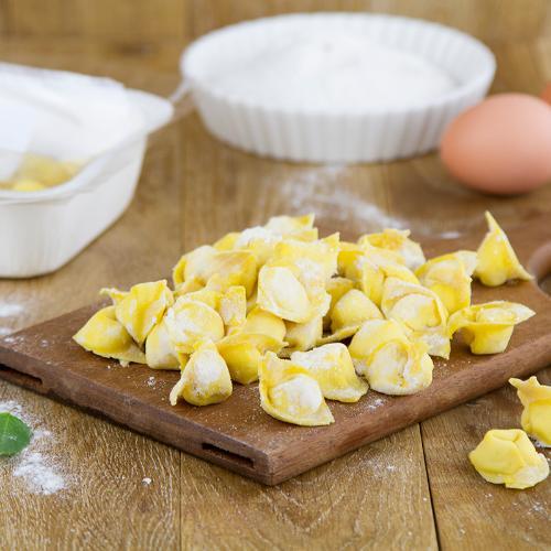 Cappelletti mantovani ai formaggi fatti a mano