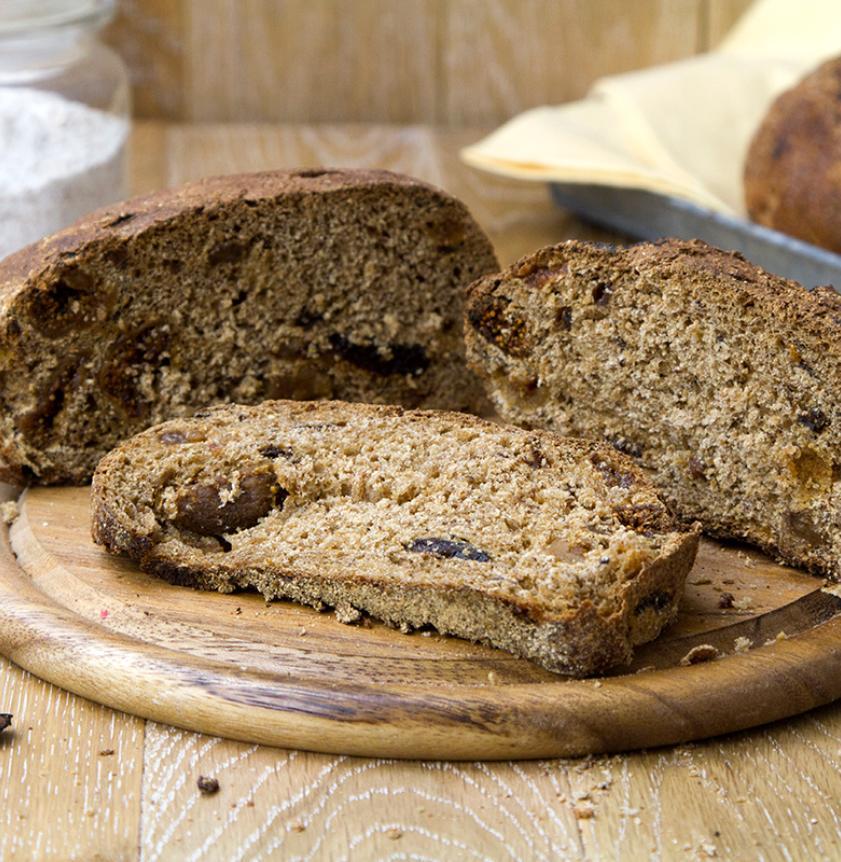Pan frutto con lievito madre