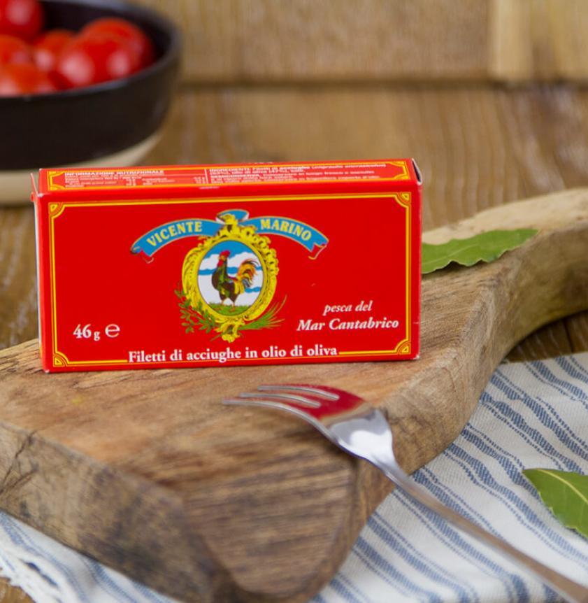 Filetti di acciughe lavorate in Italia in olio d'oliva
