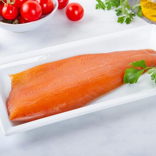 Filetto di trota salmonata affumicato