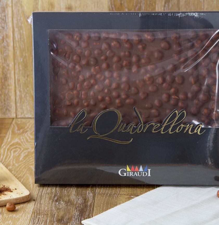 Quadrellone cioccolato fondente e nocciole Piemonte