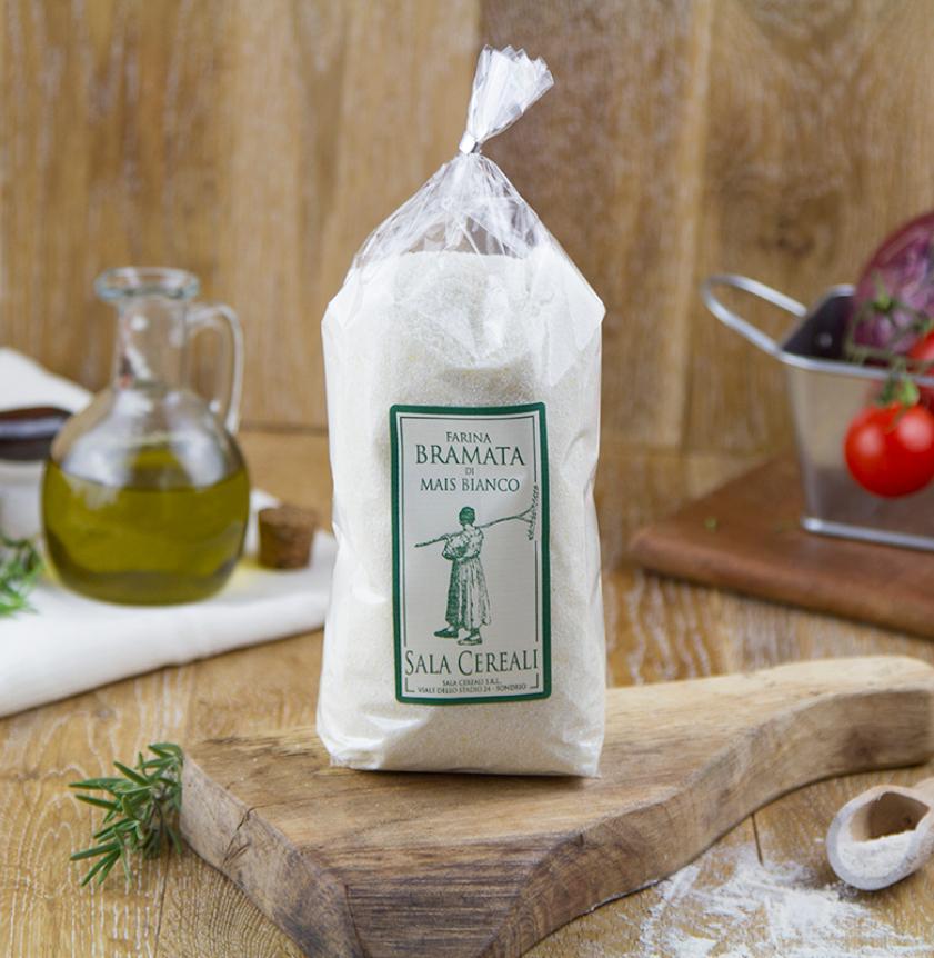 Farina di mais bianco bramata