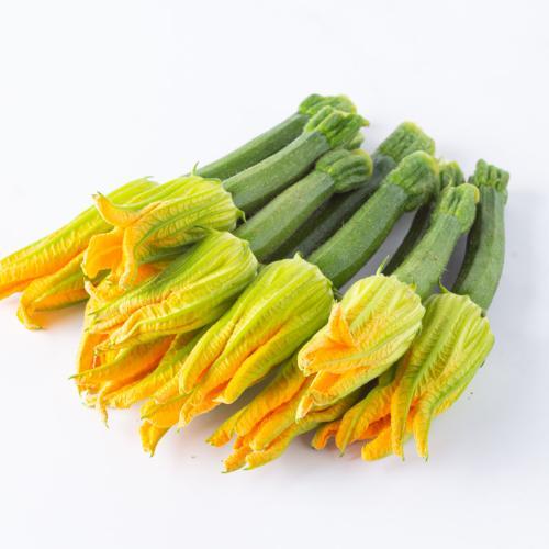 Zucchine con fiore